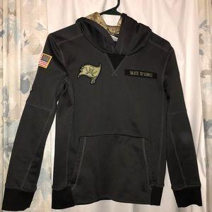 Tampa Bay Buccaneers Salute to Service hoodie